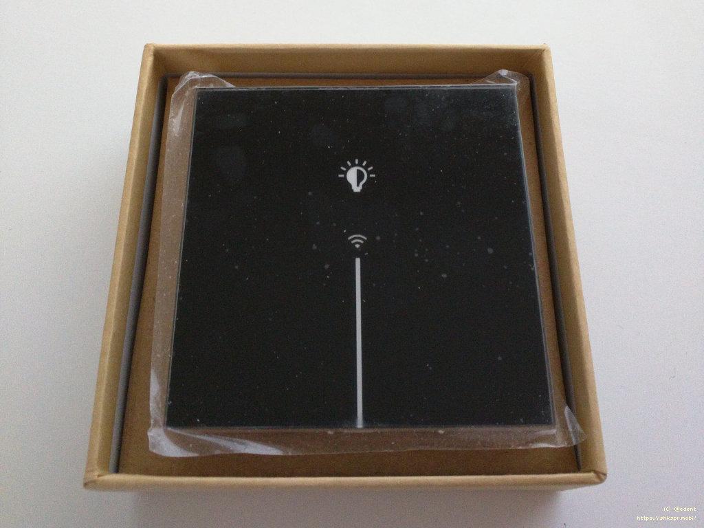 Рис. 1 — Беспроводной выключатель Lanbon в коробке