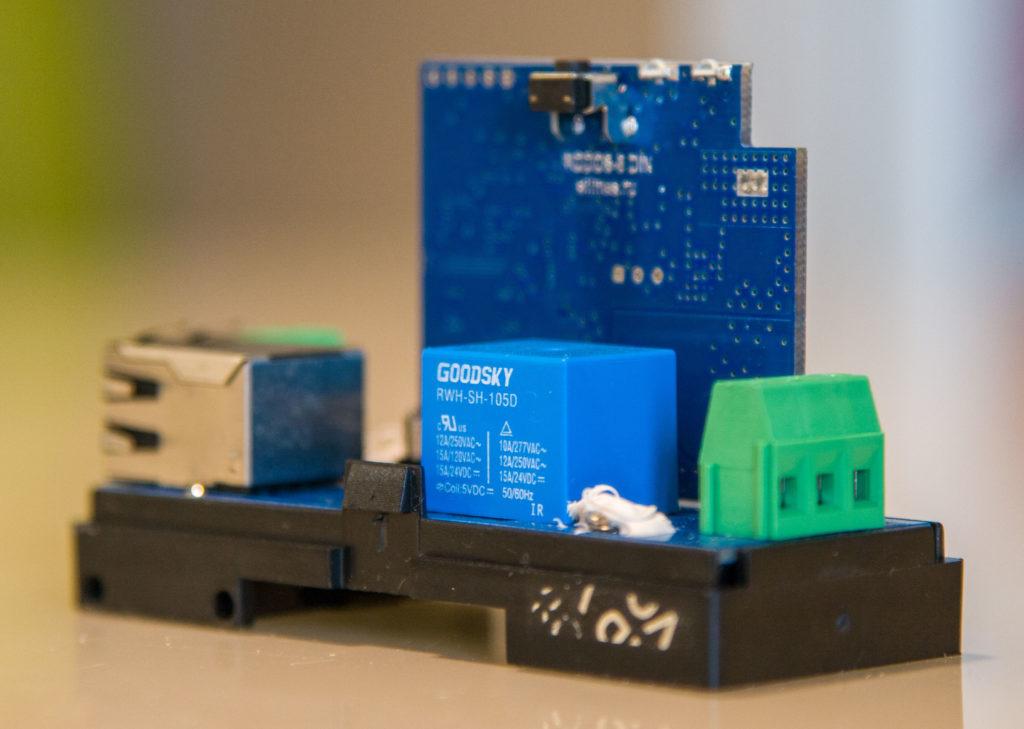 Рисунок 1. Вид устройства RODOS-8 DIN без верхней крышки