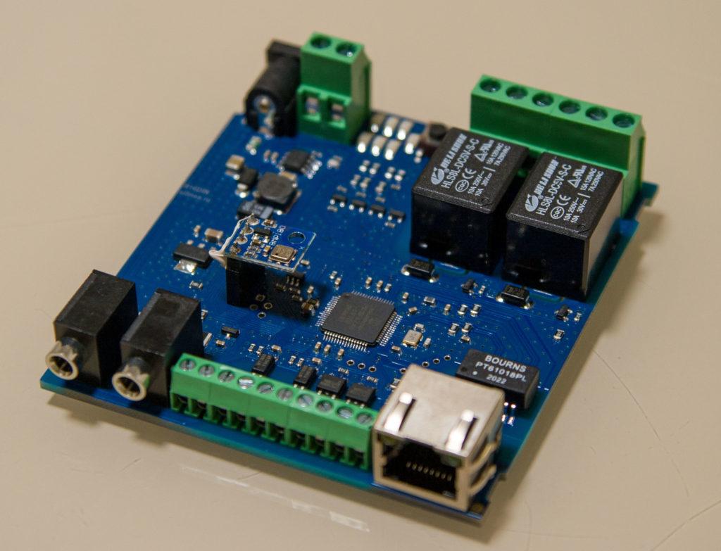 Рисунок 3. Внешний вид печатной платы RODOS-16 DIN со стороны Ethernet-разъема