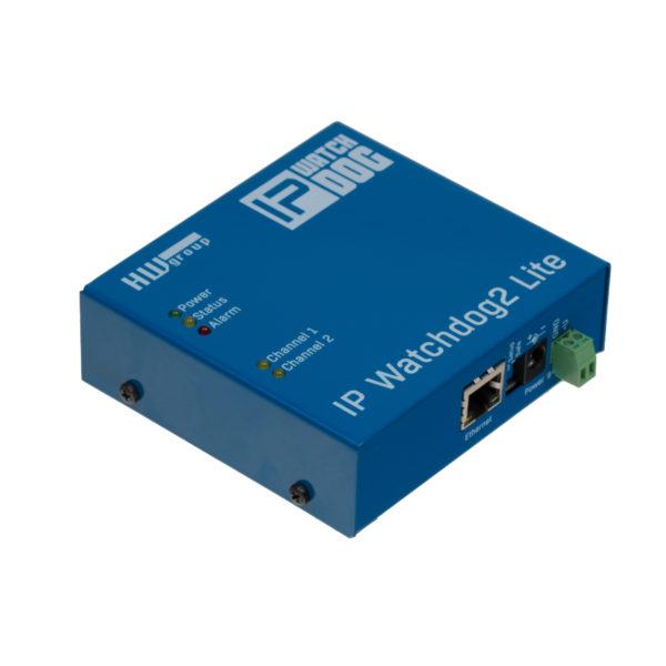 Регистрирует все обнаруженные сбои во внутренней памяти и уведомляет оператора по электронной почте или SMS.