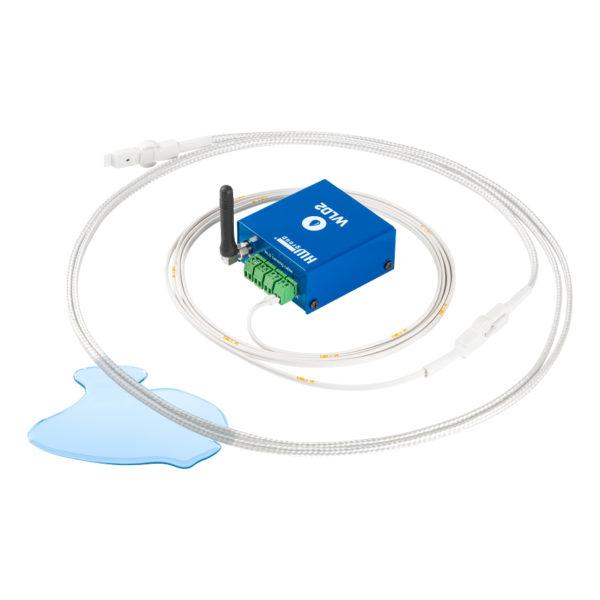 Внешний адаптер + источник питания PoE. 4 зоны затопления (4x «кабель датчика WLD»)